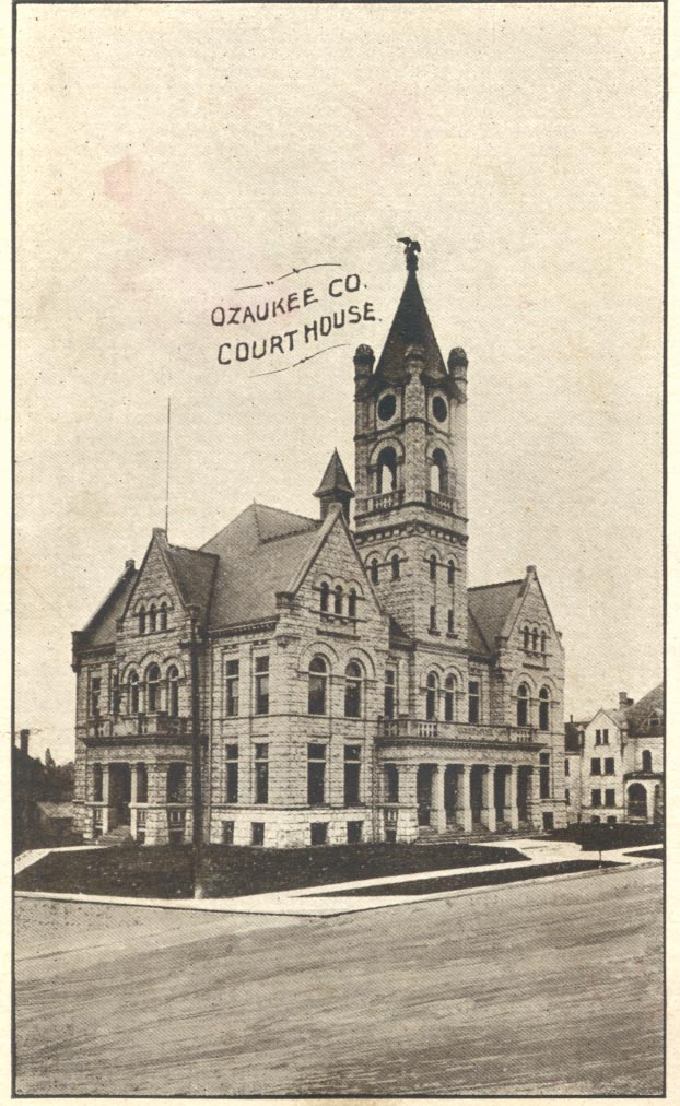 Old Picture of Ozaukee County Courthouse