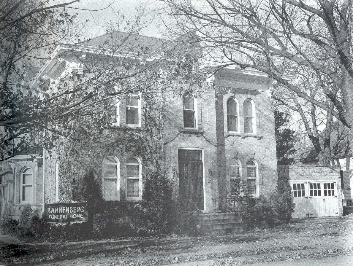 Old photo of the exterior of the Bannenberg Funeral Home.