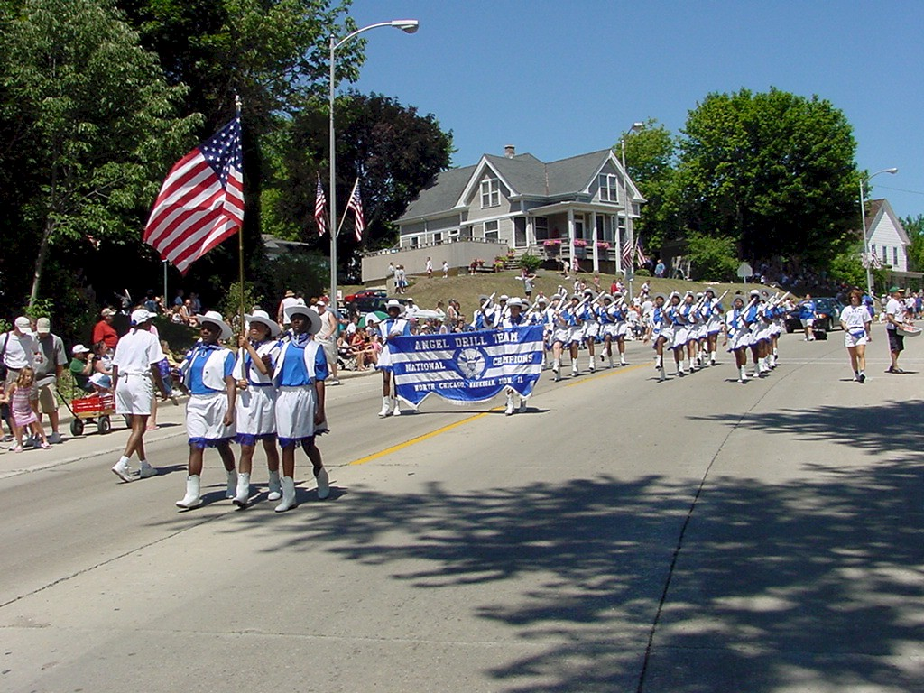 2003 Fish Day Parade